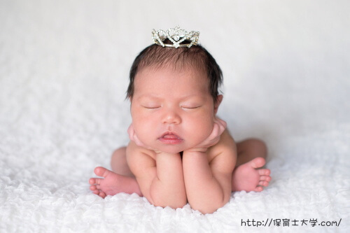 クラウンがかわいい赤ちゃん
