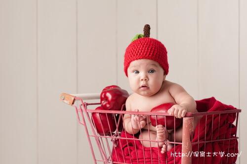 りんご姿の赤ちゃんは京都に住んでいます